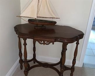 Antique 6 legged Table