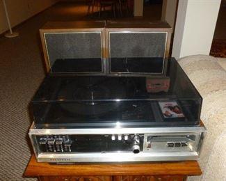 Panasonic stereo w/turntable