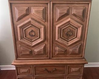 Thomasville Furniture Maderia Collection Entertainment Center