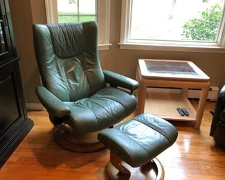 Stressless Chair & Ottoman, Side Table