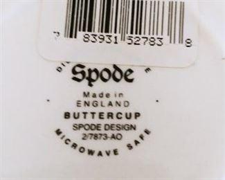 "Spode ""Buttercup"" Pattern. 4 Place Setting"