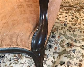 carter divan arm and leg detail