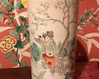 oriental vase 1  2 figures
