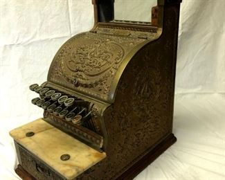 National cash register in working condition. This is absolutely gorgeous! From a bygone era.
