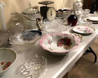 Too many pretty pieces of porcelain and glassware to list. Come see for yourself!