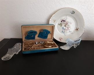 Vintage jewelry box with costume jewelry and decor