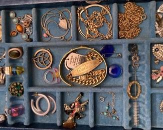 UNSORTED JEWELRY