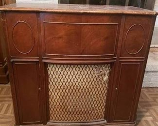 """Vintage Stromberg Carlson Light Brown Console Stereo 