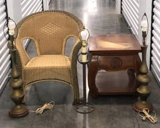 DSH003 Wicker Chair, End Table & Lamps
