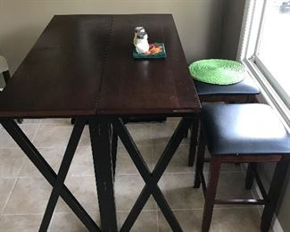 Breakfast nook with two stools