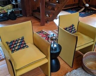 Pair Cassina 401 Break Arm chairs by Mario Bellini