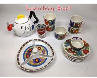 Lot 1447 Shelf Lot Colorful China lot. Luxemborg, Brazil