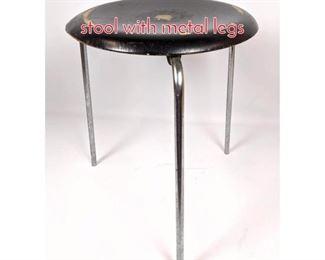 Lot 1468 FH FRITZ HANSEN 1967 stool with metal legs