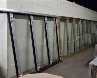 8ft x 30ft 13 Door Walk In Cooler