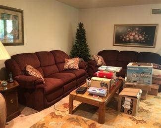 Upholstered sofas & recliner, home decor & household items