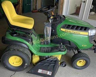 John Deer Riding Mower