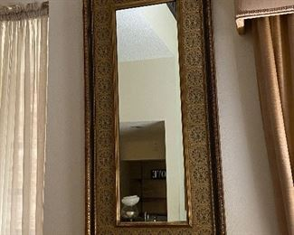 Great looking wall mirror