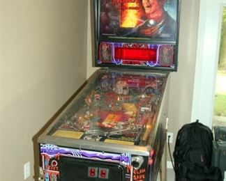 RARE & VERY COOL Freddy Krueger Nightmare on Elm Street Pinball Machine by Gottleib