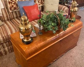 Blanket chest, home accents and retro sofa