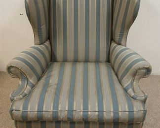 1011UPHOLSTERED WING BACK CHAIR