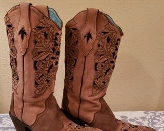 Boots - 8 1/2