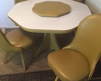 Cool Walter of Wabash Retro Dining Extendable Table and Chairs . Includes custom Lazy Susan.