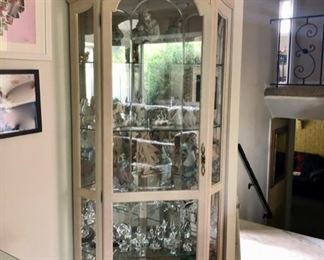 Display cabinet with collectibles