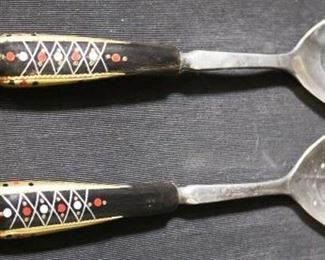Lot# 34 - Hand Painted Wood Handle Serving Set (2pc)