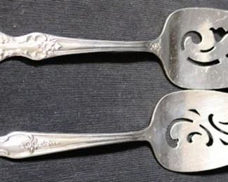 Lot# 106 - Lot of 2 Silver Plated Cake Servers