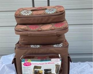 002 Huskystar Sewing 4 Suitcases Includes Vintage Buttons