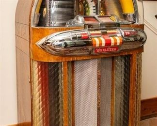 Wurlitzer Multi-Selector Phonograph Juke Box — Model 1100, 115 Volts, 50 Cycles, Serial 2109412