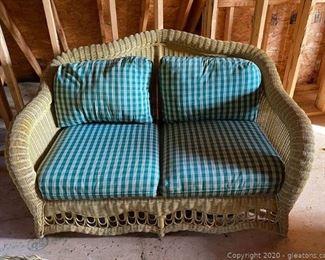Ethan Allen Wicker Patio Furniture 4 Piece Set