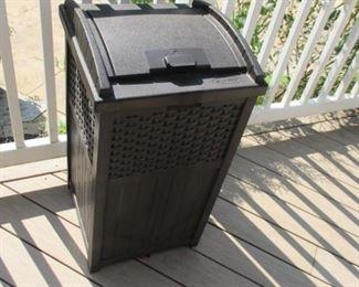 Suncast Garbage Container