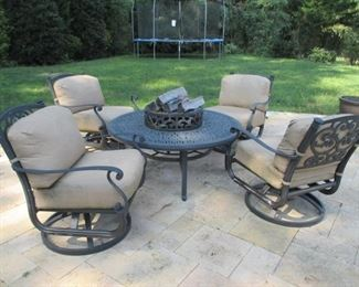 Kaufman Allied Patio Furniture with Cushions