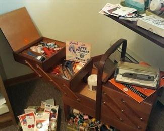 Expandable Sewing Box