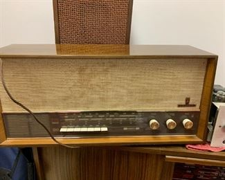Grundig Table Top Radio