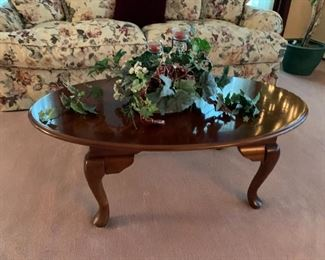 Mahg-Oval Coffee Table