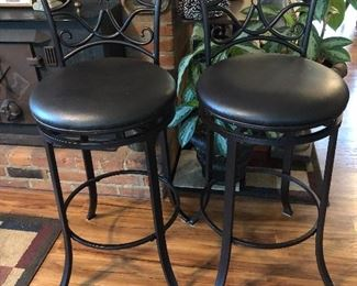 Swivel bar chairs. Like new