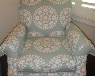 Havertys club chair, very nice and practically brand new