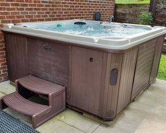 003 FourPerson Hot Tub Works