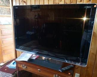 "46""  Sharp Aquos flatcscreen tv"