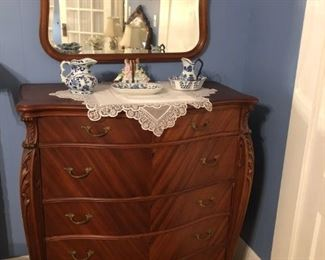 ANTIQUE FRENCH 5 DRAWER CHEST