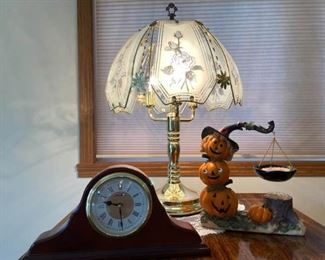 23 Inch Touch Lamp Seth Thomas Clock and Yankee Candle Decor