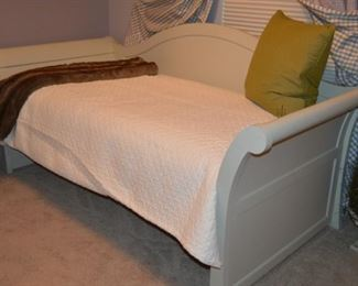 Day Bed matches BR set~Sold Separately NEW with NEW mattress $550