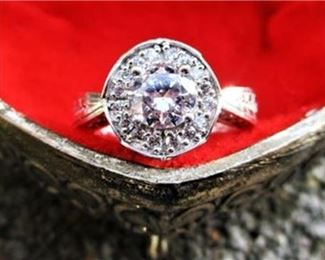 Lot 031 925 Sterling Silver CZ Vintage-Style Statement Ring