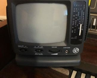 transister TV good for post apocalypse