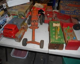 Metal toys, trucks, road grader, etc