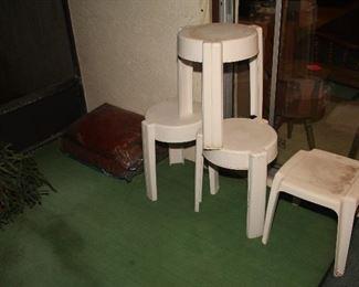 Plastic Patio Tables
