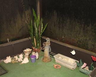 Shells, Plants, Decorative Pump (Don't think it works)