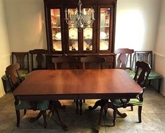 "Durham Saville Row 6' dining table with 2 18"" leaves, 9 chairs, lighted china hutch"